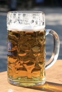 A Maß of bier, a famous type of tankard.