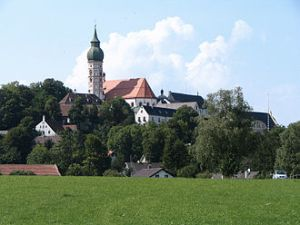 330px-Kloster_Andechs_2005_2