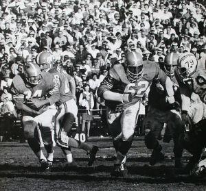 Denver Broncos 1963-64 season, Ernie Barnes No. 62