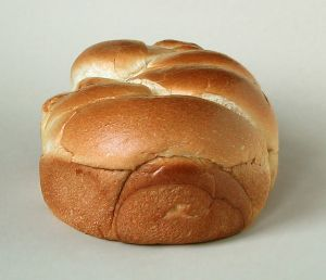 Brioche, by Rainer Zenz. Under the license: http://creativecommons.org/licenses/by-sa/3.0/deed.en.